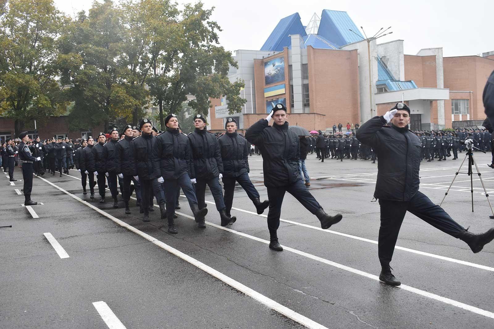 У Дніпропетровському державному університеті внутрішніх справ пройшли урочистості з нагоди проведення та складання Присяги працівника поліції курсантами першого курсу