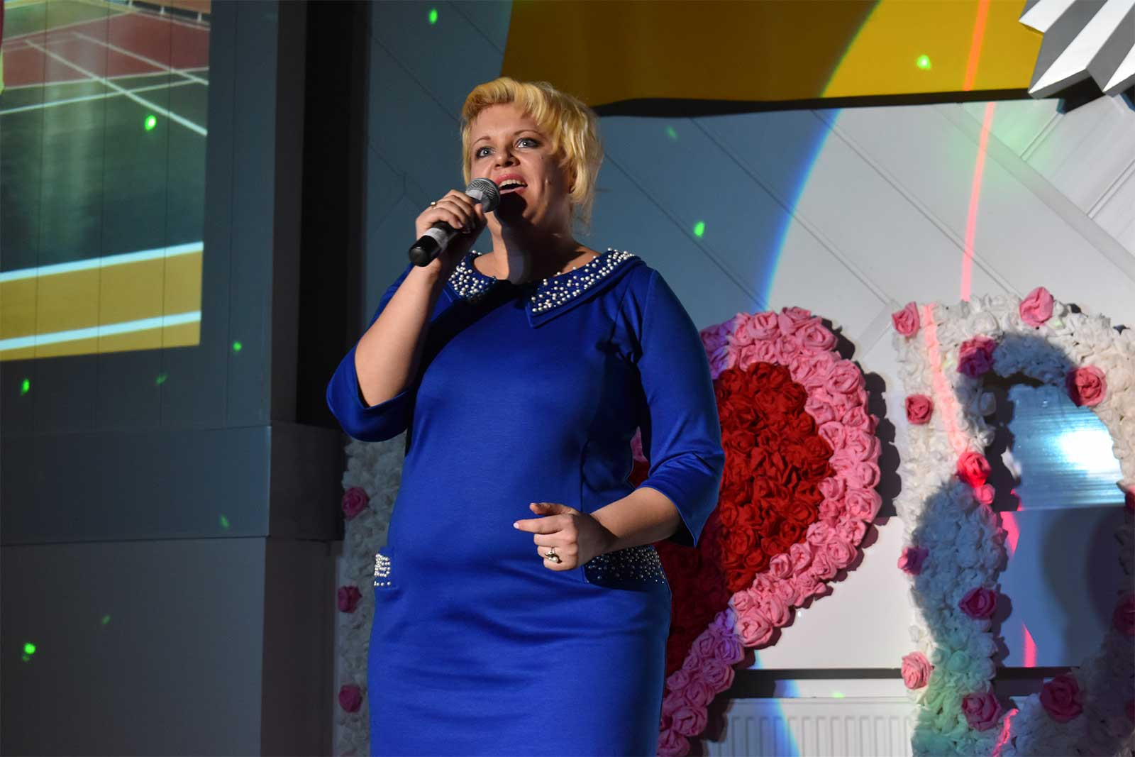 Талант-шоу «Дві зірки» об'єднало викладачів, студентів та курсантів ДДУВС