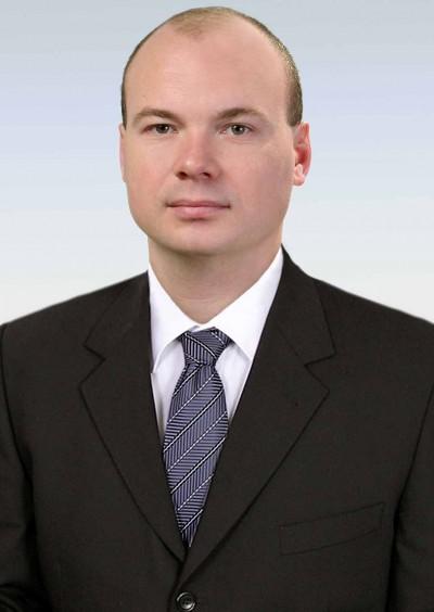 Орел Юрій Вікторович - завідувач кафедри кримінально-правових дисциплін ДДУВС