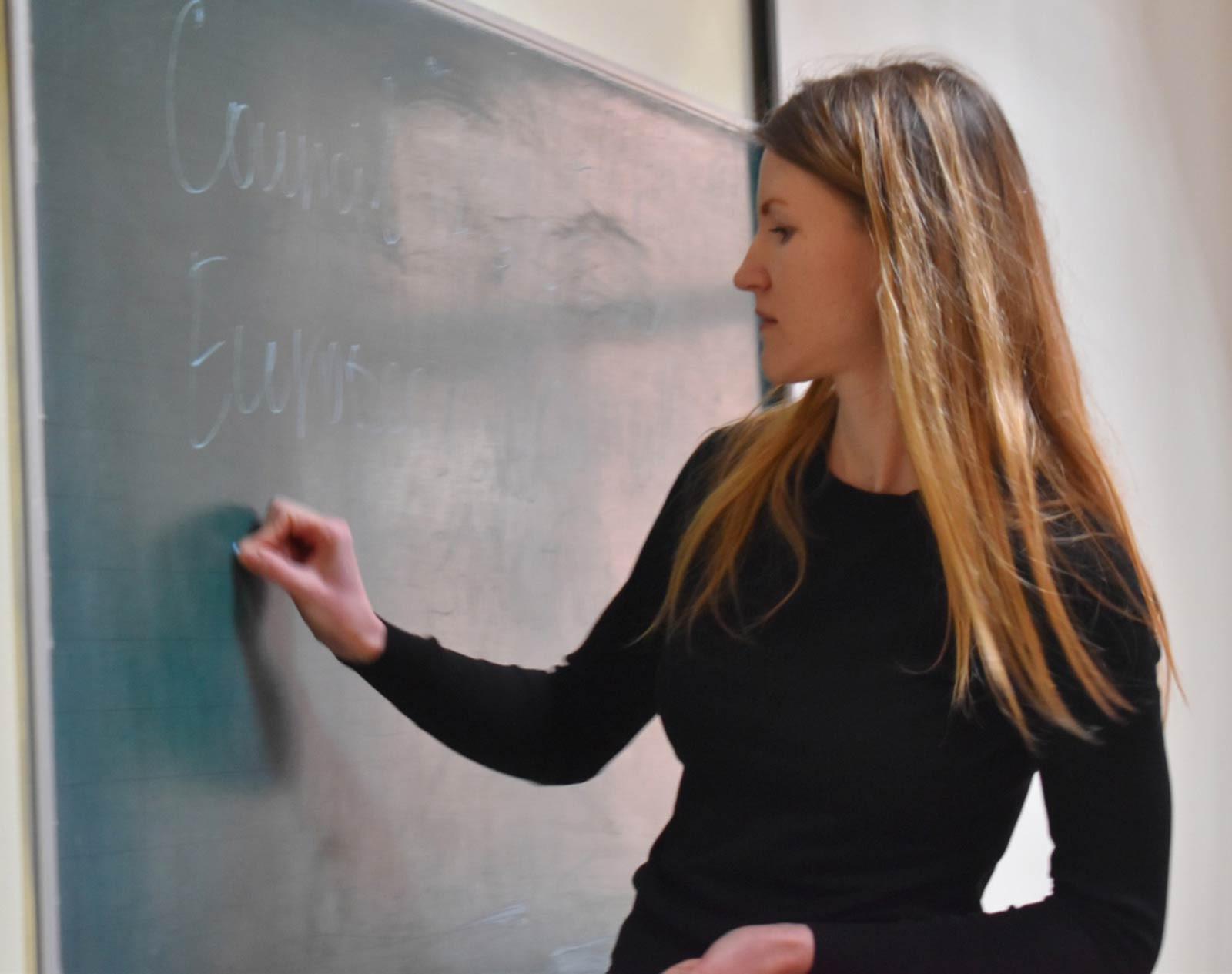Вірджинія Дронова спілкувалася зі здобувачами вищої освіти