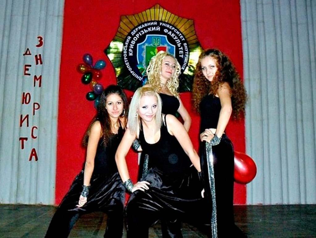 гурток сучасного танцю під керівництвом Цимбаліст Ольги Геннадіївни