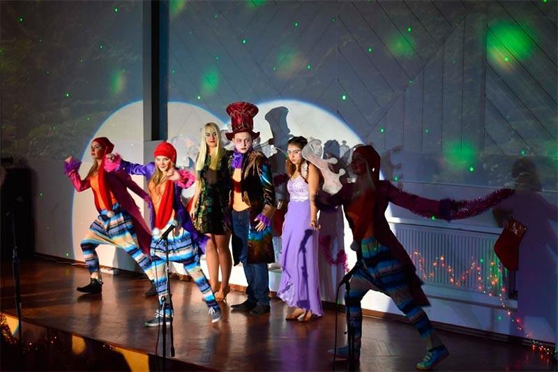 Подаруй дитині свято - театралізована казка