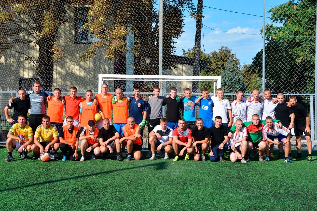 Новобранці університету змагалися з офіцерами за першість з міні-футболу