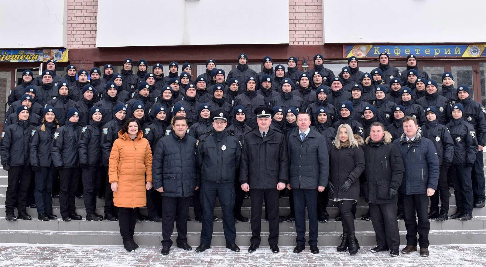 Нові обличчя, нові надії: патрульних Дніпра стало на 77 більше
