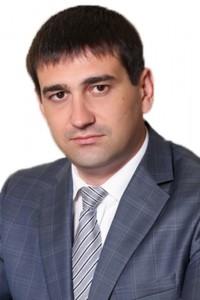 Золотоноша Олег Вікторович - перший проректор ДДУВС