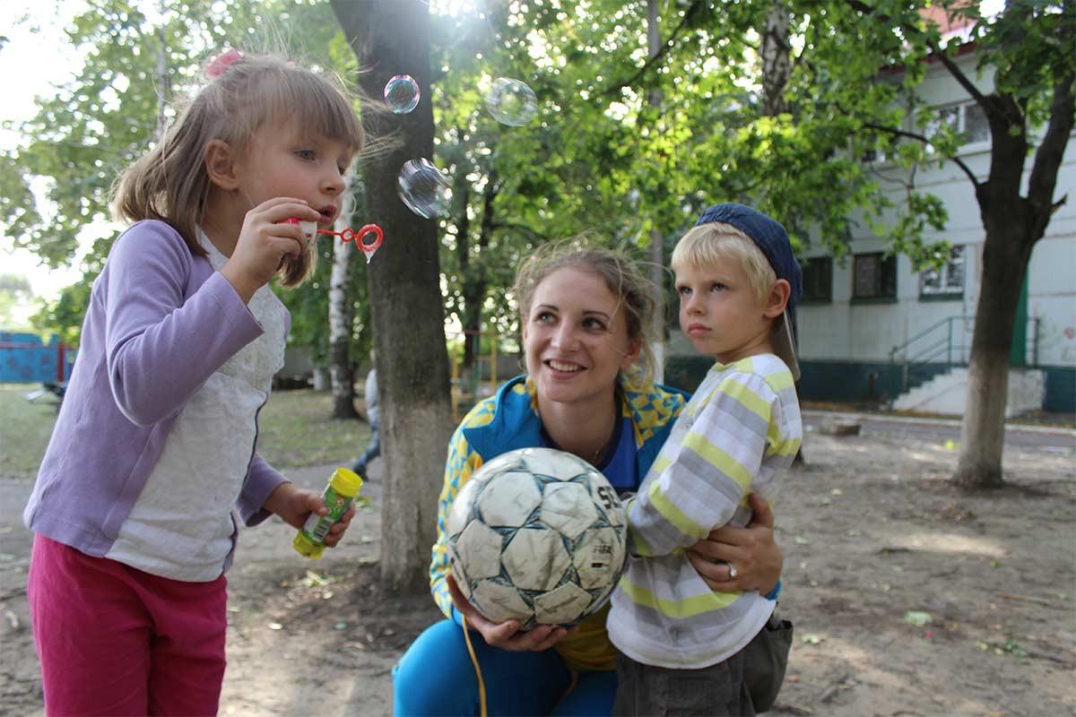 Курсанти університету організували для дітей-сиріт спортивне свято