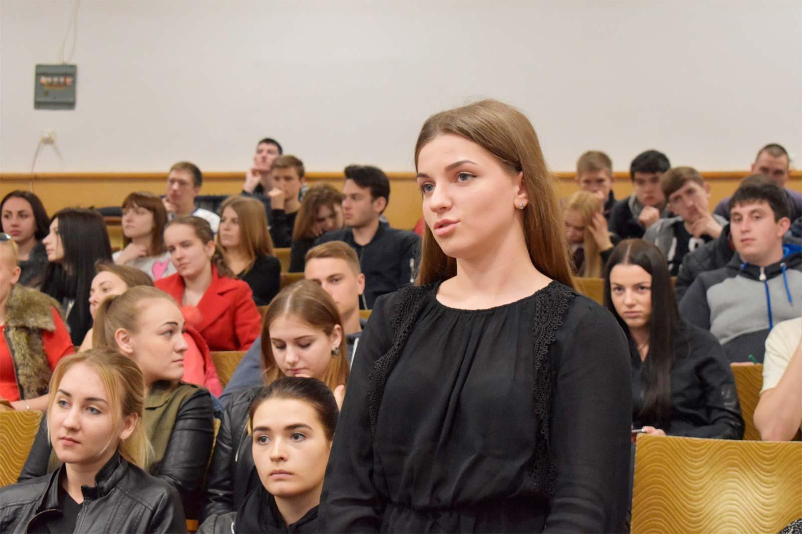 Віталій Андрійович щиро цікавився перебігом студентських та курсантських буднів