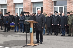 З теплими словами привітання ректор ДДУВС Віталій Глуховеря звернувся до випускників
