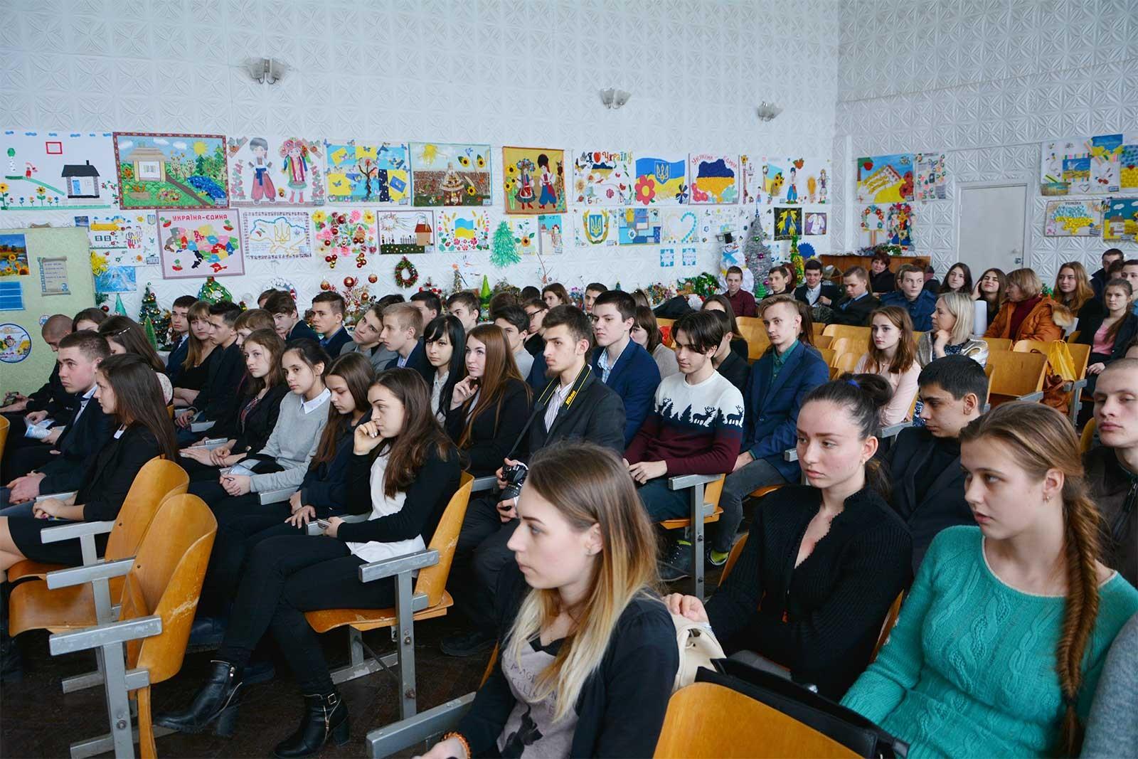 Діти переглянули відео-презентацію про ДДУВС