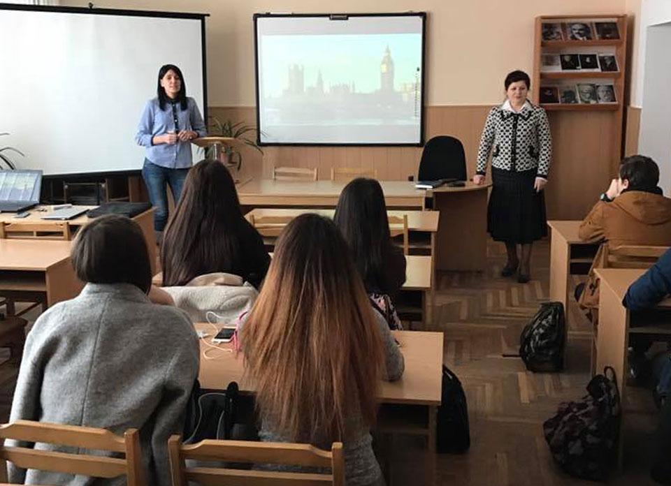"""На кафедрі відкриті безкоштовні курси з англійської мови """"English speaking club"""". Запрошуємо прийняти участь."""