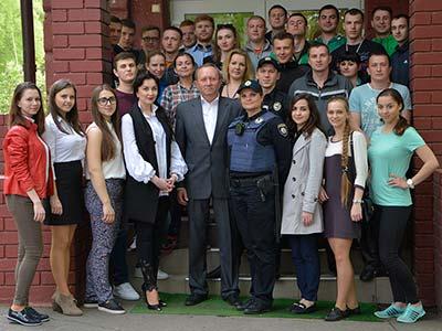 Семінар-інтенсив на базі університету «Діяльність Національної поліції з протидії насильства в сім'ї»