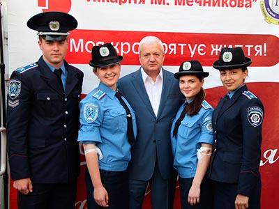94 курсанта та співробітника університету взяли участь у традиційний для Дніпропетровська благодійній акції «Моя кров рятує життя».