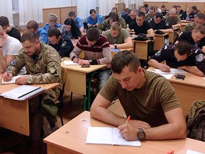 Здобувачі вищої освіти Навчально-наукового інституту післядипломної освіти та заочного навчання ДДУВС писали творче есе.