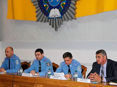 Персональний розподіл випускників ДДУВС очолив перший проректор навчального закладу полковник поліції Олег Золотоноша