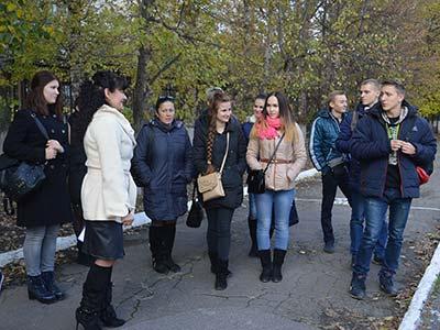 Близько 100 абітурієнтів та їхніх батьків завітали до Криворізького факультету Дніпропетровського державного університету внутрішніх справ.