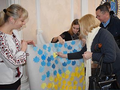 В університеті влаштували флешмоб до Дня української писемності та мови