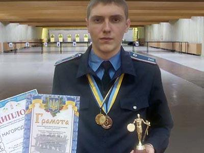 З чемпіонату області з кульової стрільби курсант ДДУВС привіз 2 медалі