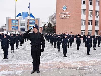 Підтримай захисника України – курсанти ДДУВС перейняли флешмоб із віджимання #22PuchupChallenge