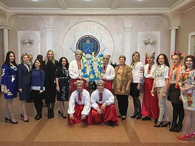 Майбутні юристи шанують та поважають національні символи України