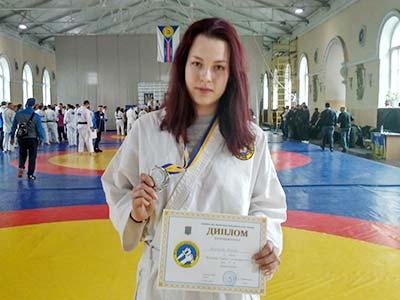 Курсантка ДДУВС з Чемпіонату України з рукопашного бою привезла срібло