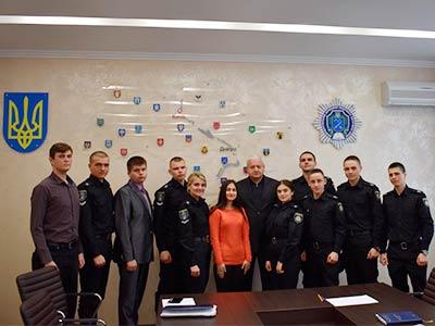 Рада на чолі з новообраною головою Вікторією Іщенко.