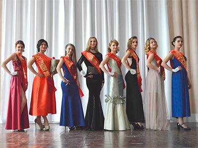 «Міс Покровського району-2017»: свято весни та чарівності