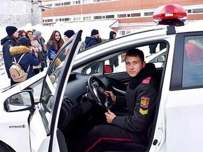 ДДУВС відчиняє двері школярам Дніпропетровщини