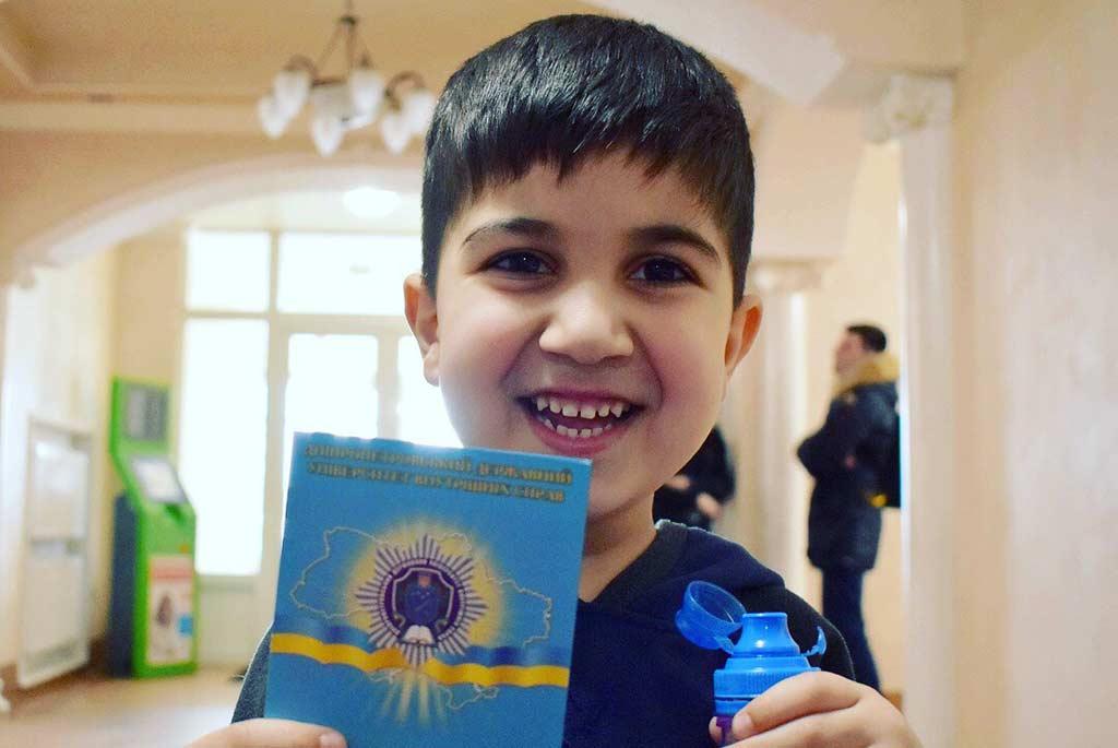 Університет відчиняє двері школярам з усієї України