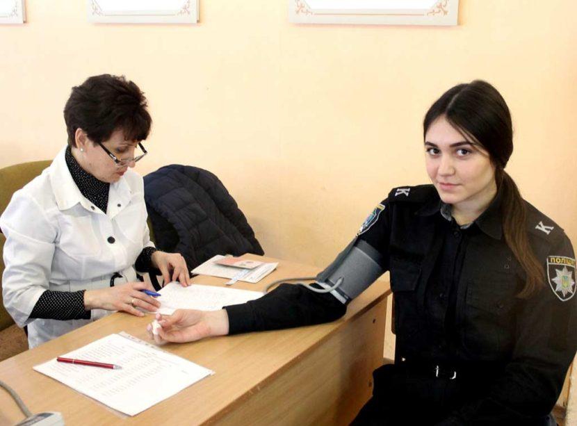 Майбутні поліцейські та юристи рятують життя важкохворим дітям