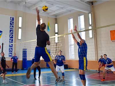 Визначено кращих волейболістів серед викладачів