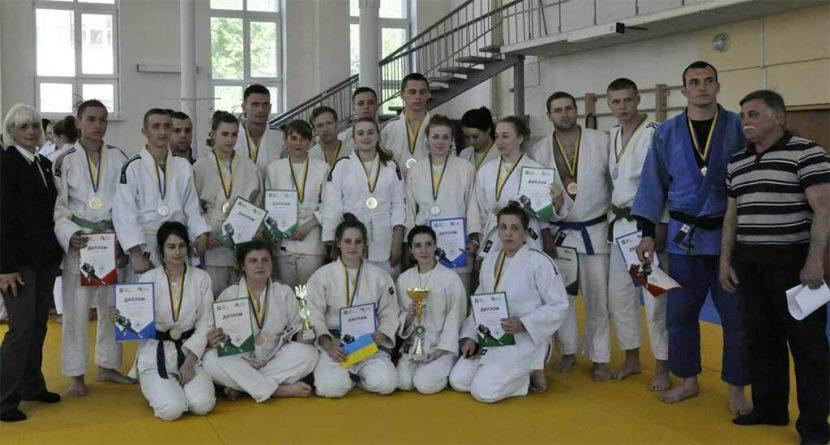 Дзюдоїсти ДДУВС – срібні призери Студентської ліги