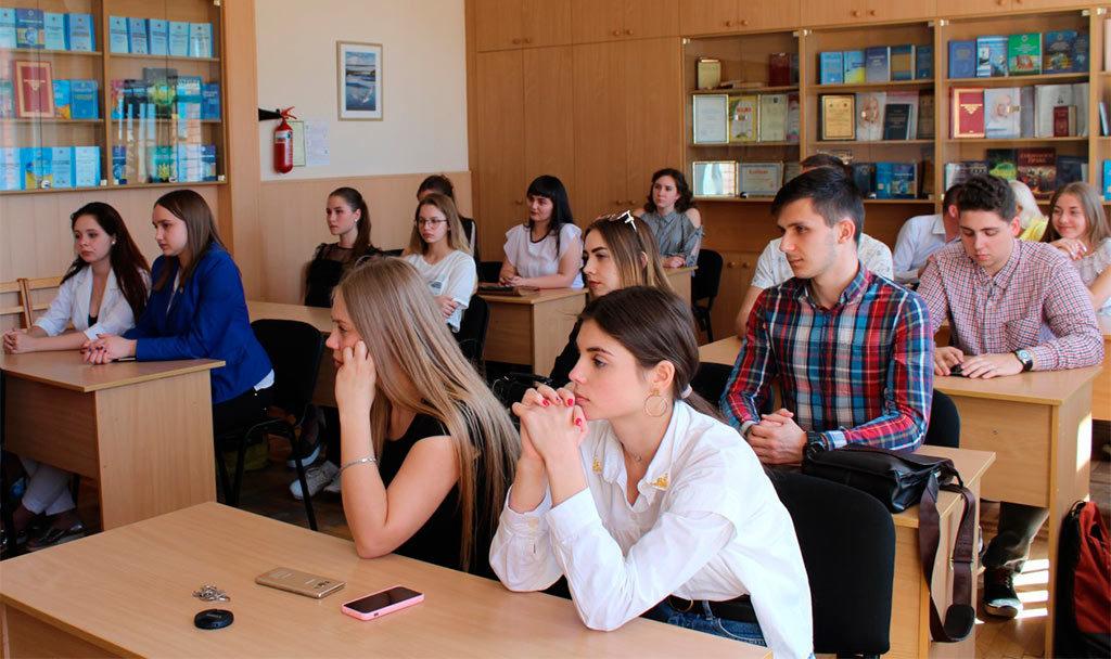 На базі юридичної клініки «Істина» пройшов інтерактивний тренінг «Показове консультування»