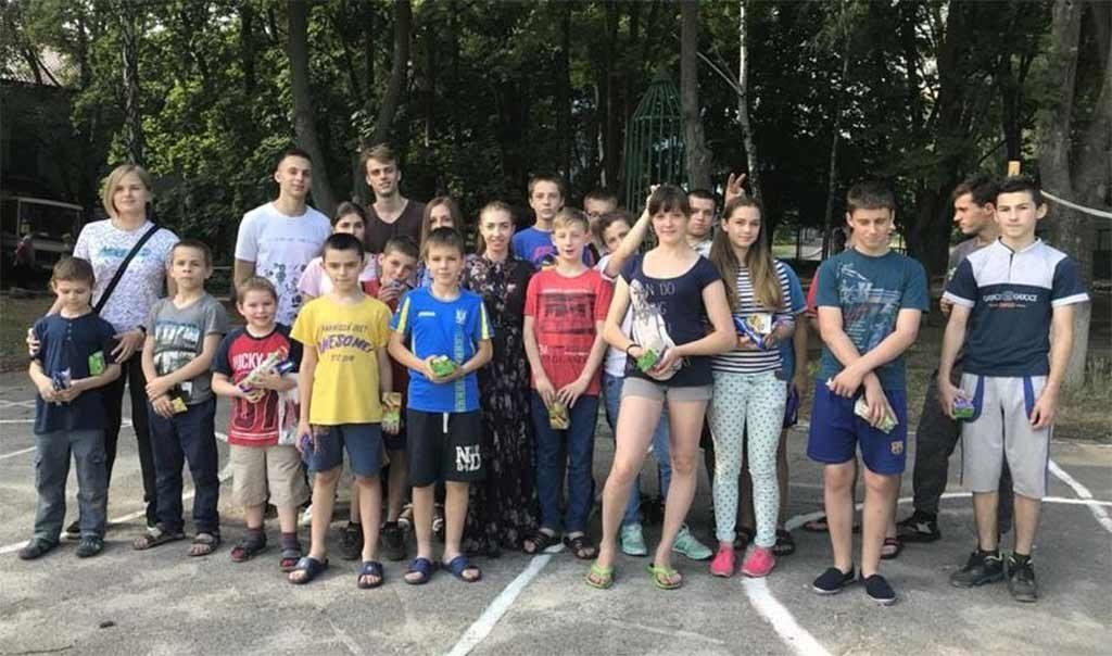 У розпал літніх канікул студенти юридичного факультету завітали в гості до вихованців Дніпровського міського дитячого будинку