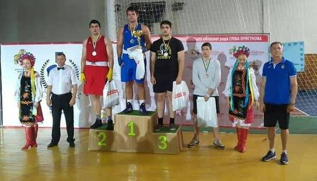 Золото та срібло – результат спортсменів ДДУВС на Чемпіонаті України з  боксу