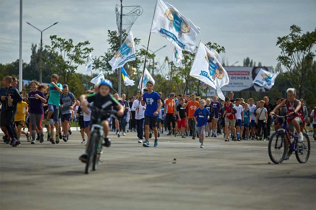 У складі команди «Street Workout» спортсмен ДДУВС провів показові виступи