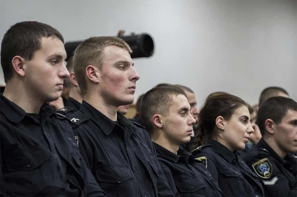У Дніпропетровському державному університеті внутрішніх справ відбулися заходи до 32-ї річниці Чорнобильської катастрофи, під час яких вшанували учасників ліквідації наслідків страшної аварії.