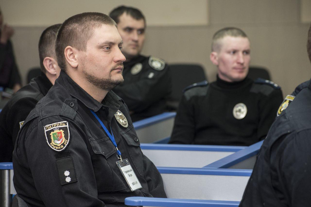 Керівництво Нацполіції координує процес підготовки дільничних нової формації у ДДУВС