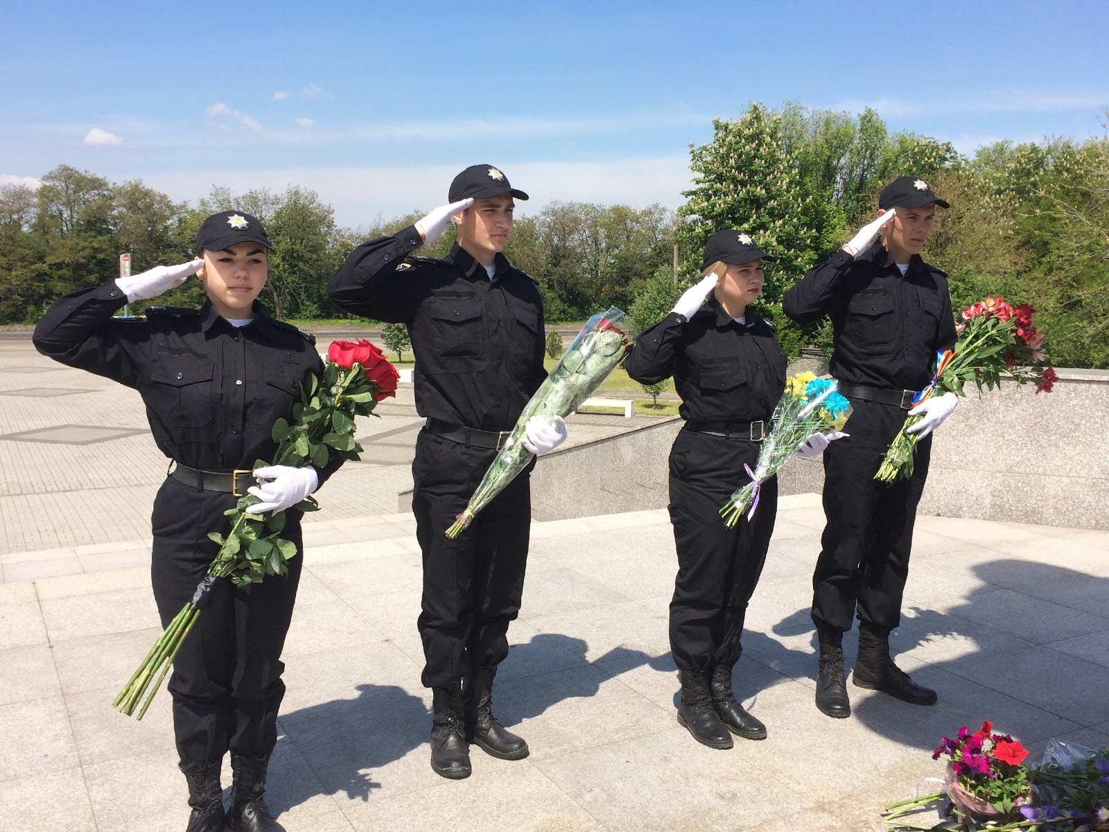 Курсанти університету вшанували пам\'ять жертв політичних репресій