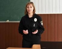 Спочатку ліцеїсти прослухали лекцію старшого викладача кафедри ТСП Оксани Мисливої