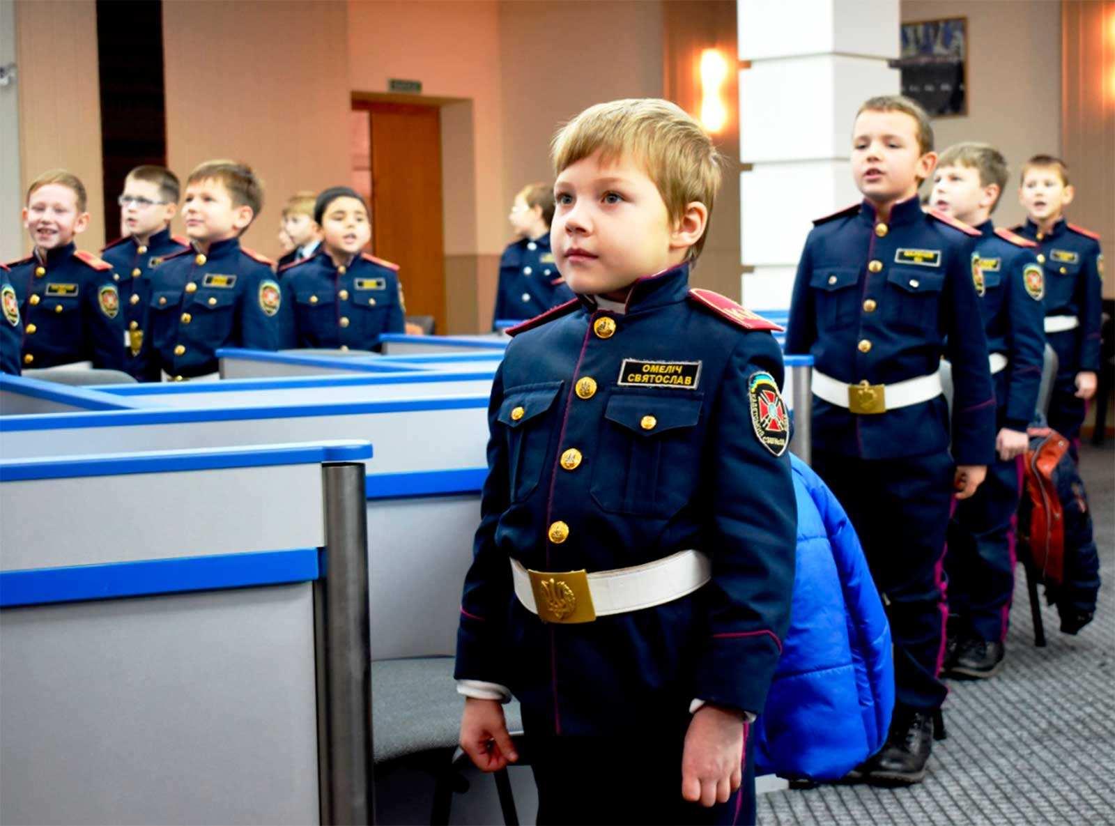 До сліз вразили неперевершеним виконанням стройових пісень української армії