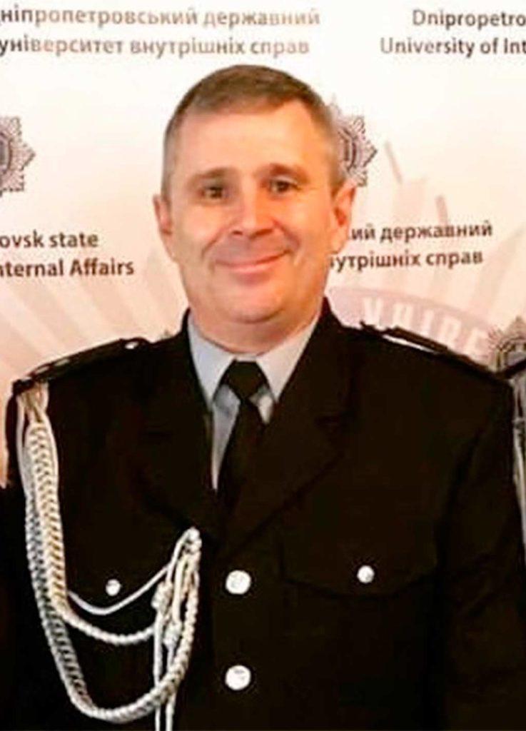 Диригент оркестру Левченко В.Є.