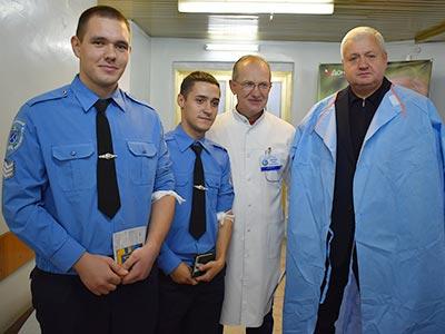 Ректор ДДУВС Віталій Глуховеря, курсанти та студенти університету здали більше 200 літрів крові для спасіння ранених захисників Батьківщини