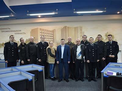 У ДДУВС пройшло семінарське заняття з елементами тренінгу для курсових офіцерів
