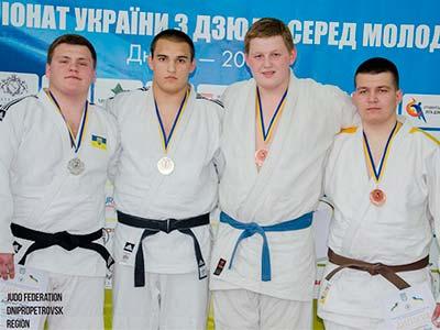 На Всеукраїнських змаганнях із дзюдо студент Федір Панько став чемпіоном