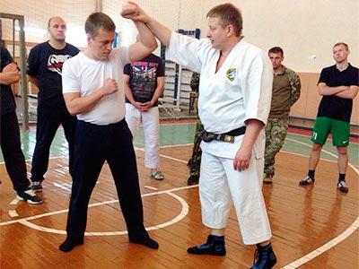 На Криворізькому факультеті пройшов семінар з рукопашного бою