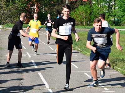Весняні змагання із легкоатлетичного кросу в ДДУВС
