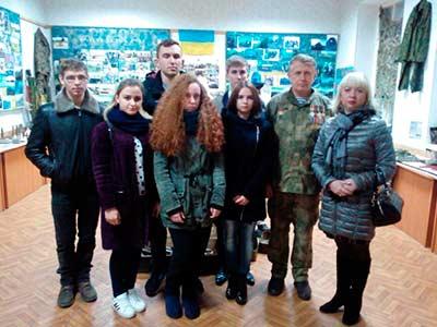 Студенти Криворізького факультету відвідали музей воїнів-Героїв України
