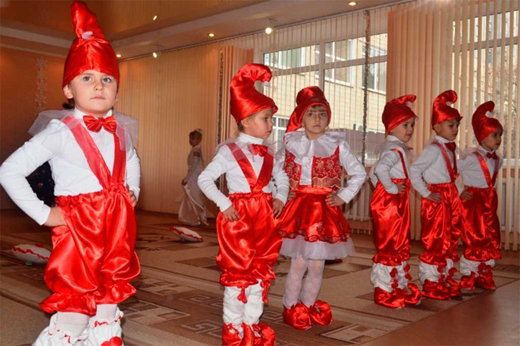 Малеча віддячила шефів святковим концертом.