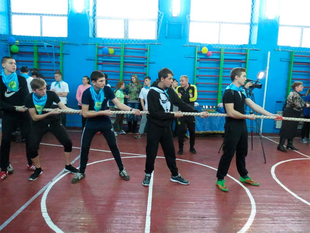 Команди оцінювались за сумою балів, отриманих у різних спортивних конкурсах