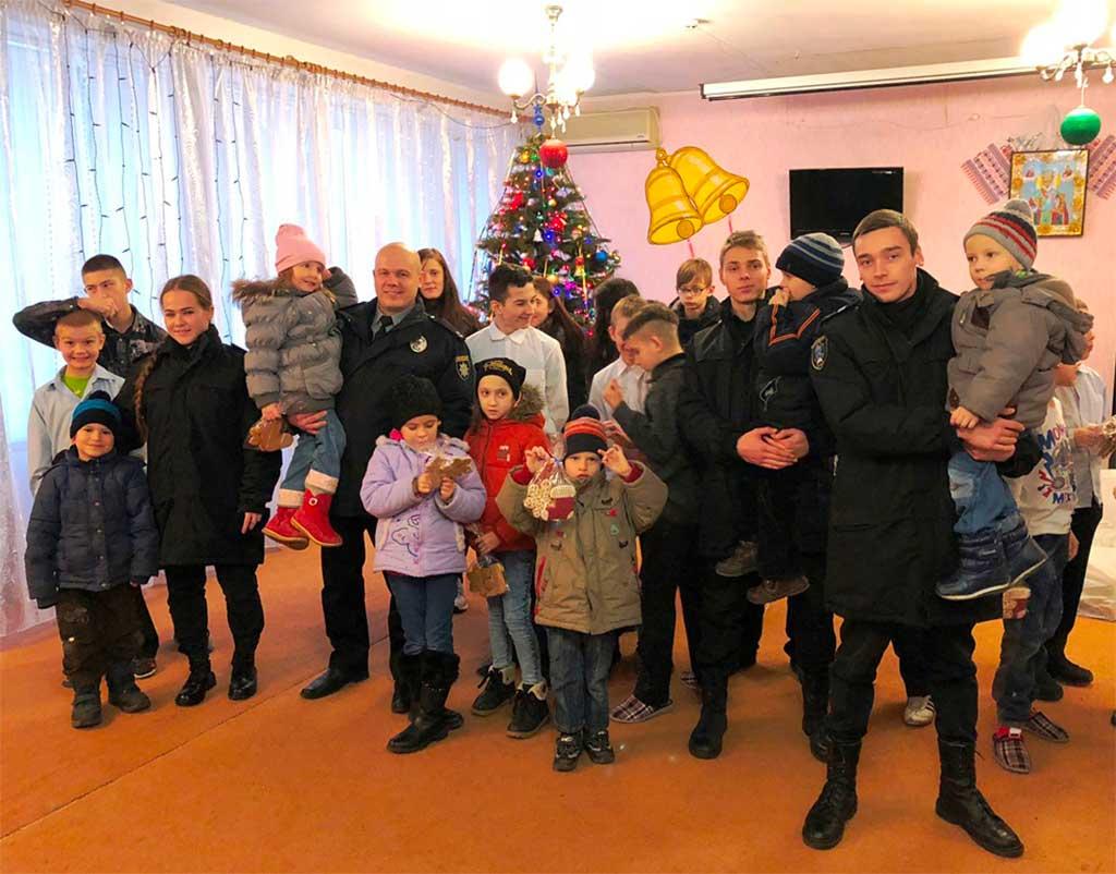 День Святого Миколая є одним з найулюбленіших усіма дітьми свят